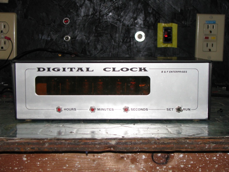 HP Forums - Building a clock the hard way