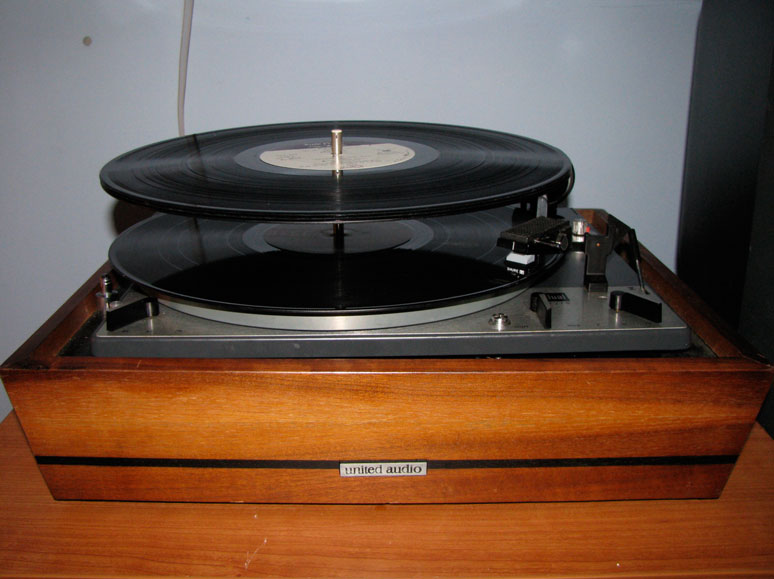 Cool Does Your Turntable Stack Records Do You Use This Feature Download Free Architecture Designs Meptaeticmadebymaigaardcom